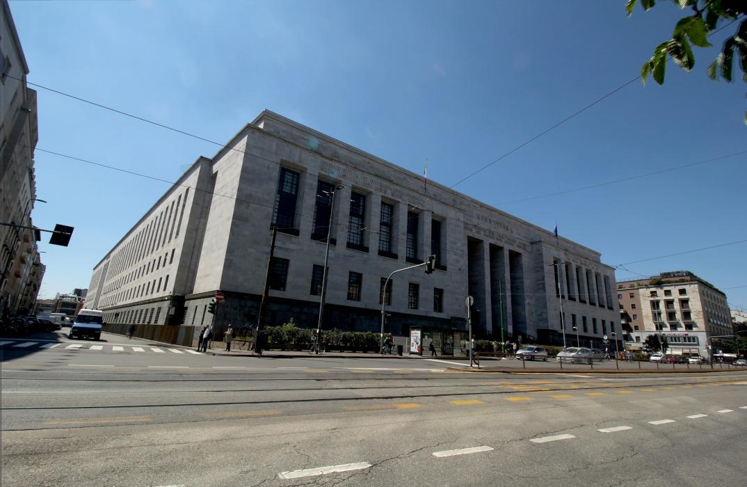palazzo-di-gisutizia Incidente sul lavoro. Avvocato cade delle scale in tribunale Cronaca Milano Prima Pagina