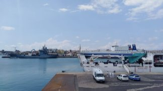 diciotti2-324x180 Diciotti. La nave della discordia al porto di Catania Costume e Società Prima Pagina